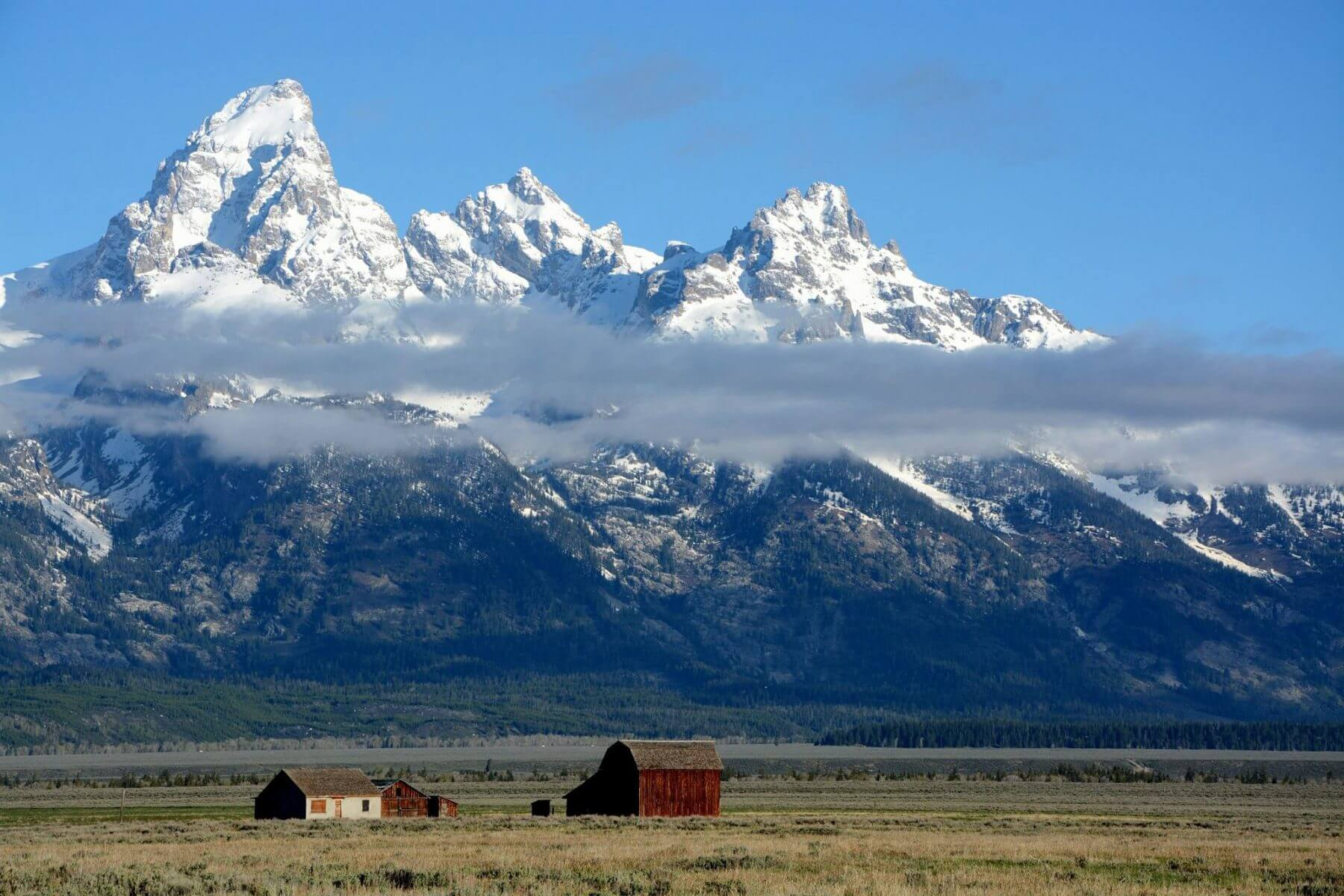 Travel without a plan and traveling slow through Jackson Hole & grand Teton National Park