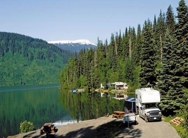Whether your looking to upgrade your existing motorhome or buying a new RV this buying an RV guide will help answer all your questions. When looking at buying a new motorhome first your should rent the motorhome your thinking of buying. This will help you figure it out if you really will use that outdoor shower, or if the outdoor kitchen is waste of money. Renting an RV will help you figure out if you need Solar or if campground hookups will be fine. Internet research is one thing, but renting an RV will help you figure out exactly what will fit in the cupboards, how much storage space you actually have, how your family will react to the floorplan, use the bathroom, and learn RV life. Renting an RV is an investment an potential RV buyer should do.