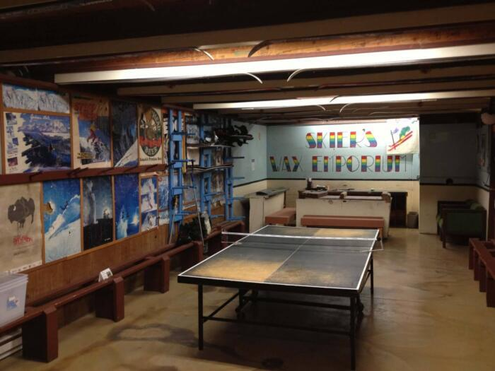 ping pong table at teton village hostel in jackson hole